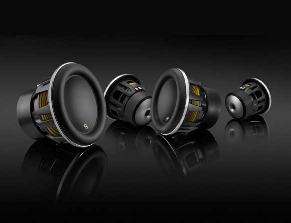 Top 6 Competition Subwoofers of 2018 [Buying Guide]